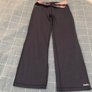 EUC Diadora Yoga pants